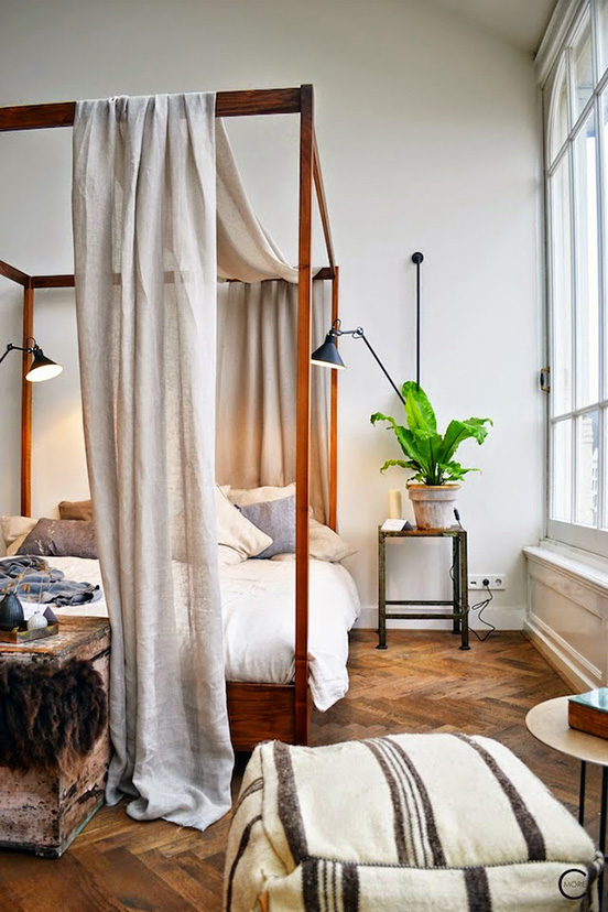 amsterdam+loft+four+poster+bed