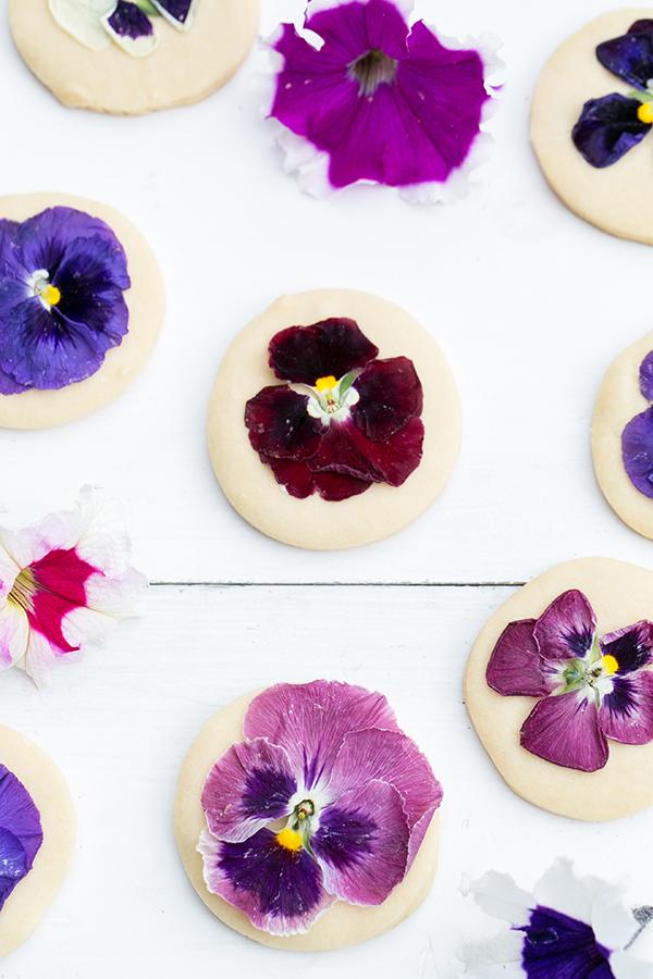 3.FloralShortbreadCookies_4