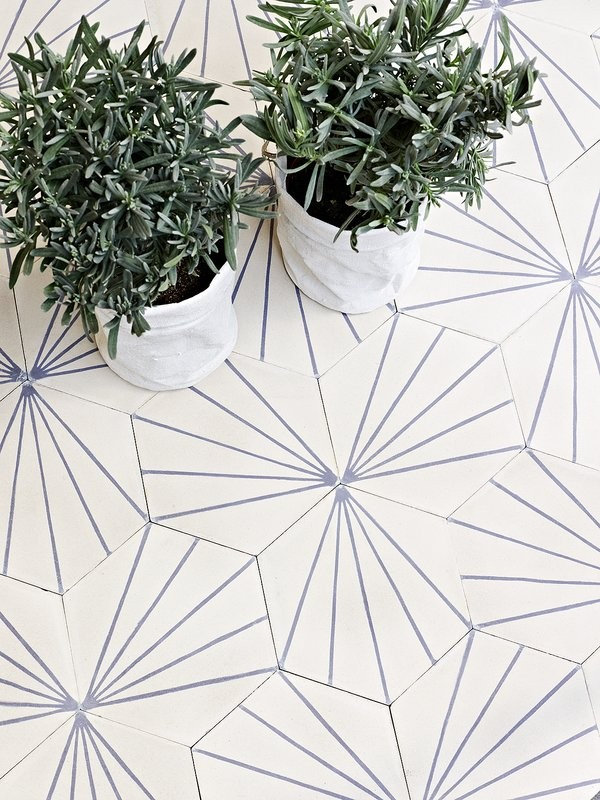 rune-dandelion-lavender-600x800
