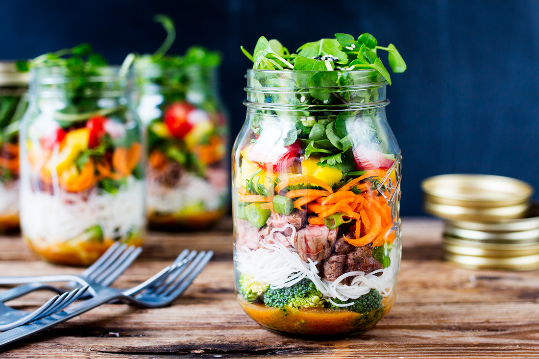 thai-beef-noodle-salad-jar-finished-3