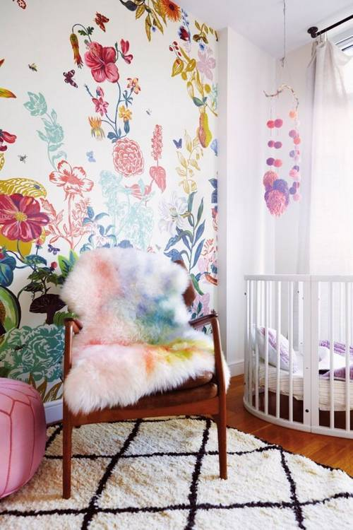 a-garden-grows-in-brooklyn-taupe-and-white-nursery-1456173092-56cb6314cc657e184583d901-w667_h750