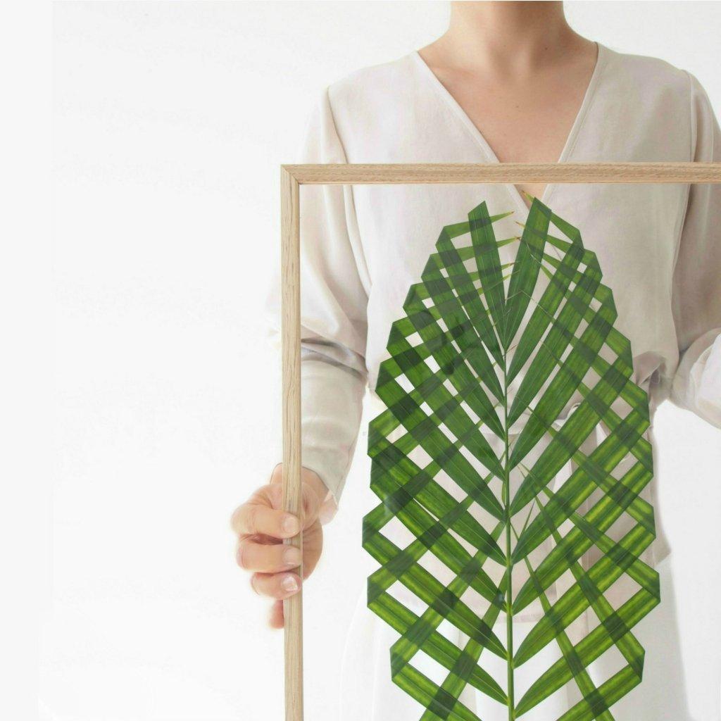 DIY-Leaf-Art-with-MOEBE-FRAME