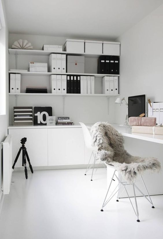 organised-office-labels-and-files